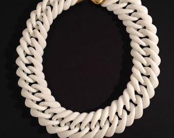 Vintage 60s Lucite Link Necklace