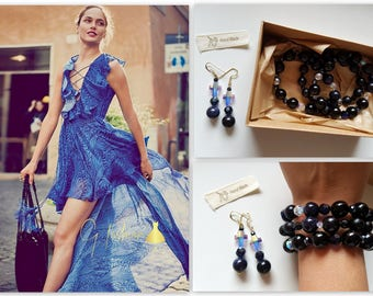 Handmade Jewelry made of natural real stones and crystals : bracelet & earrings set Swarovski crystals blue black color