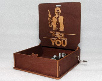 """Han Solo - May The Force Be With You - Engraved Wooden Music Box - """"Star Wars Theme""""- Jedi Sith Darth Vader - Hand Crank Movement"""