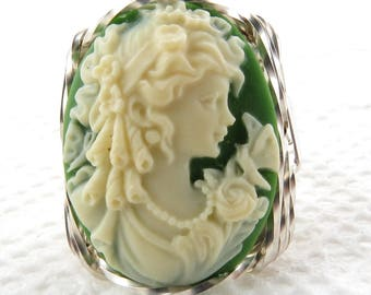 New Vintage Green Cameo with Goddess and Butterfly .925 Sterling Silver Ring
