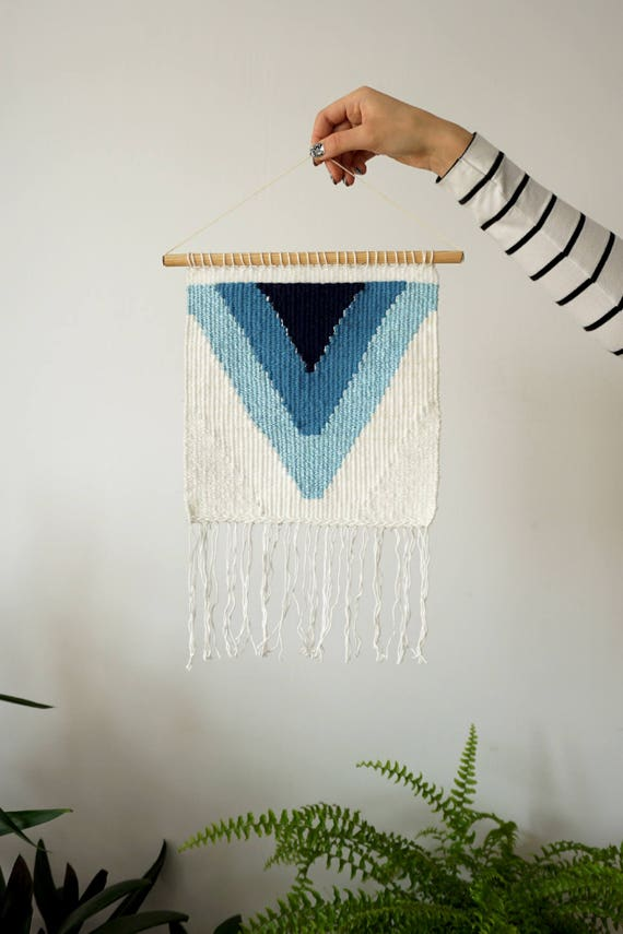 Feeling blue | Handwoven wall hanging made of recycled wool