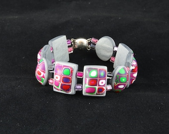 Multicoloured bracelet - cabochons and bezels