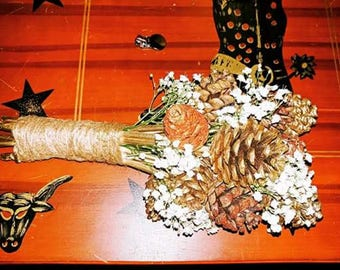 Beautiful Pinecone Bouquets (Medium)