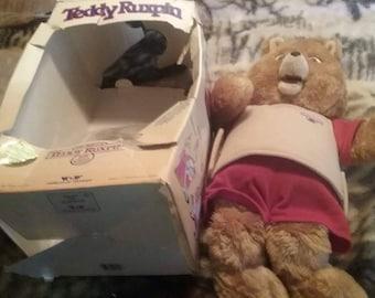 1985 Teddy Ruxpin in a original box