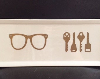 Front Door Hall Keys and Sunglass Plate GREAT Gift Ceramic