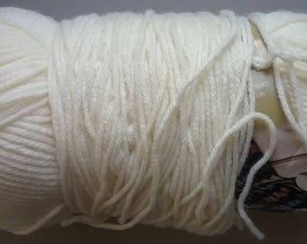 DESTASH - Loops & Threads Impeccible Solids in Aran