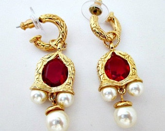 Simulated Ruby and Pearl Vintage Drop Pierced Earrings - 1996 Avon Smithsonian Queen Elizabeth I Earrings - Regal Rare Avon Jewelry