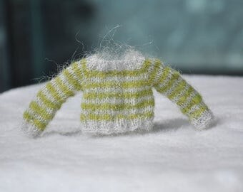 When Greenery meet Grey / striped mohair sweater for blythe dolls
