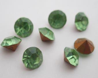 24 pcs. vintage MCC machine cut crystal peridot green rhinestones by Optima of Czechoslovakia ss28 - f1752