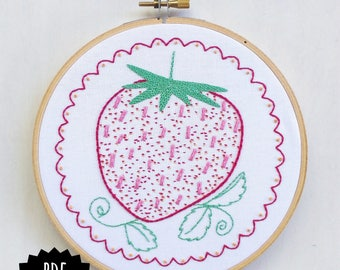 STRAWBERRY - pdf embroidery pattern, embroidery hoop art, vintage strawberry, retro inspired, kitschy kitchen, freshly picked strawberry