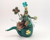 """READY TO SHIP Vintage Inspired Spun Cotton """"Piping Pippin"""" St. Patrick's Day Figure Ooak"""