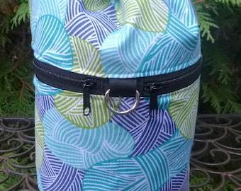Knitting bag, knitting in public drawstring bag, knitting project bag, Yarnie in Blue, WIP, Kipster