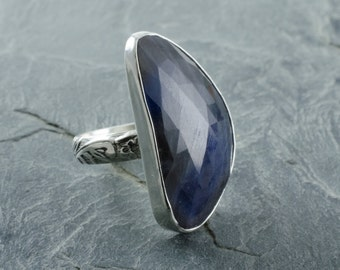 Sapphire Ring. Sapphire Cabochon. Statement Ring. Sterling Silver Ring. Size 6 Ring. September Birthstone. Birthstone Jewelry