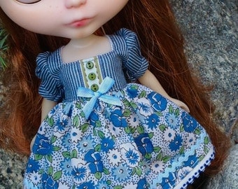 Pansy and Aster Bouquet - A Dress for Blythe