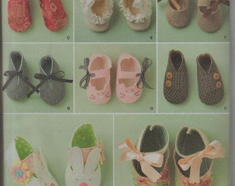 Simplicity 1710 Sewing pattern, infant shoes, rabbit shoes, ruffled, kimono,  New uncut