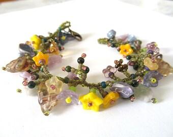 Victorian Flower Garden Bracelet, Beaded Botanical Bracelet, Flower Vine Bracelet