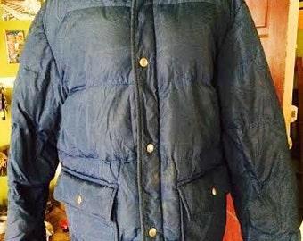 Vintage 1980's Mens down bomber jacket. size M
