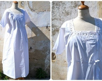 Vintage Antique 1900 French Edwardian white cotton handmade embroiderys long nightgown / belted on the front /S/M/L