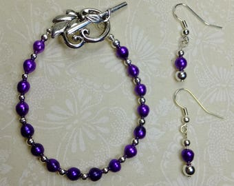 SET Bracelet and Earrings Purple Freshwater Cultured Pearls with Silver Plated Beads Pewter Fern Clasp