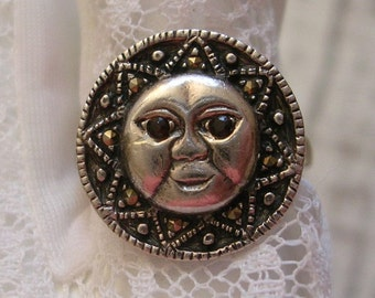 Vintage Sun Moon Face Sterling Silver Marcasite Ring Ruby Glass Eyes Celestial