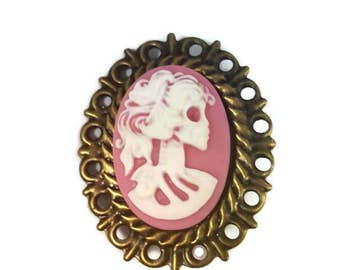 Cameo brooch Zombie Dead Lady - rose pink