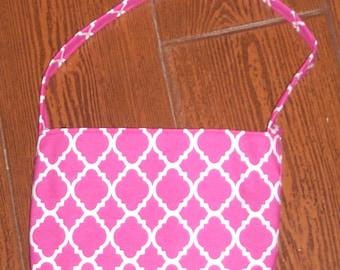 Fuchsia quatrefoil toddler purse