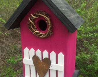 Rose Red Rustic Primitive Birdhouse White Fence  Metal Heart Grapevine Wreath Country