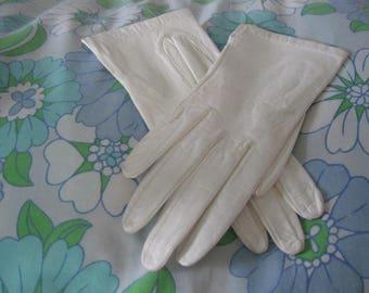 Vintage Leather Gloves, Miss Aris Machine Washable Leather Gloves, White Leather Gloves