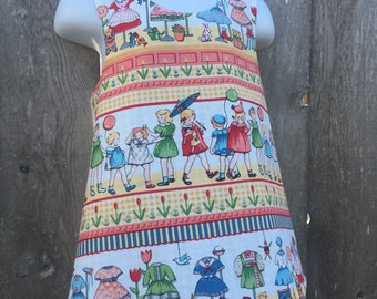 Reversible Pinafore --- Dress Shop and Tulips