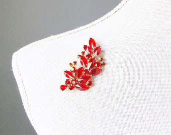 Vintage 1960s Red Rhinestone Brooch Large