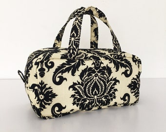 Boston Pouch / Bag in Bag /  Large Cosmetic Pouch - Damask in Cavern