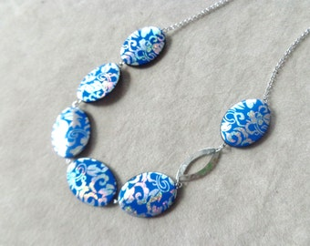 royal blue and silver necklace