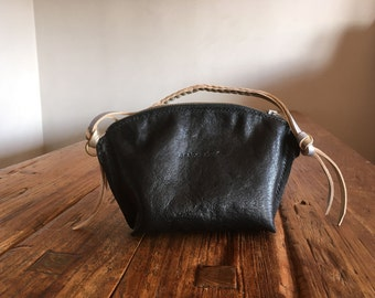 Hand Stitched Simple Leather Black x Silver Pouch - Black x Silver -