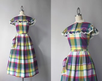 1940s Dress / 50s Purple Plaid Pocket Dress / 1950s Eyelet Ruffle Trimmed Cotton Day Dress