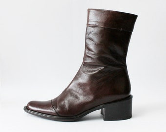 1990's Banana Republic Chestnut Brown Chelsea Boots