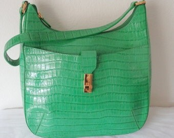 Etienne Aigner classic satchel purse shoulder  bag , city bag, all   bright green genuine  crock textured leather vintage 90s near mint cond