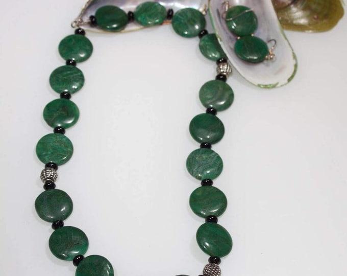 Item # 101612, Menice, Green, Malachite, 16 Inches long, Custom made jewelry, Handcrafted Jewelry, Handmade Jewelry, Unique Jewelry
