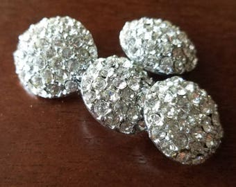 Vintage Buttons-4 beautiful matching rhinestones silver metal (may 40 17)