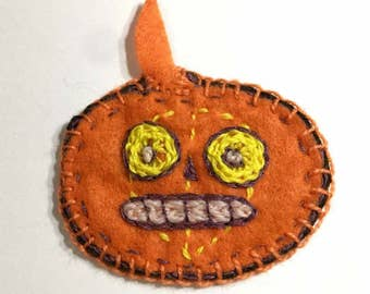 Halloween felt pumpkin, Jack O Lantern stuffed ornament embroidered handmade gift tag  puffy  primative ornie Autumn decoration