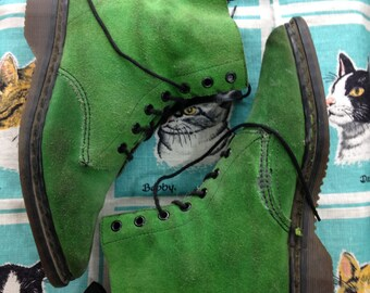 1980's green suede pointy toe Dr Marten's