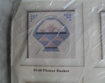 Stitch Stitchery Embroidery Flower Basket Creative Circle Kit NOS unopened