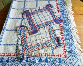 Bates Woven Tablecloth, Bates Tablecloth and Napkins, Bates Blue and Red Tablecloth, Bird Tablecloth, Bird Napkins,