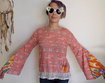 Geometric Native Tribal Tie Dye Crochet Lace Print Eco Friendly Bell Sleeve Tee Shirt Top Size Small