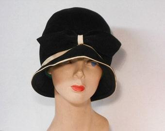 Cloche Your Eyes Vintage Cloche Hat Black Cloche Hat w/ Black Bow 1960's Cloche Hat 1920's Style Cloche Flapper Cloche Wear 2 Ways