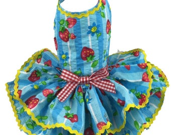Dog Dress, Dog Harness Dress, Summer Dress, Ruffle Dress for Dogs, Dog Clothes for Small Dog, Ready to ship Dress, Seersucker, Strawberry