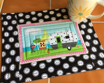Quilt Camp Mug Rug / Henry Glass / Barbara Jones / Quilt Soup / Sewing Themed - mini placemat / Sewist / quilted / coaster / gift for her