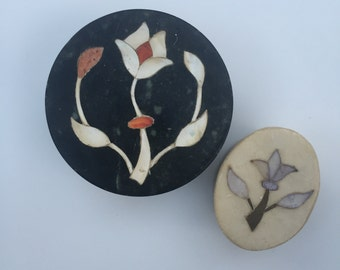 2 Soapstone Marble Inlaid Round Boxes from India 1970s Mother of Pearl