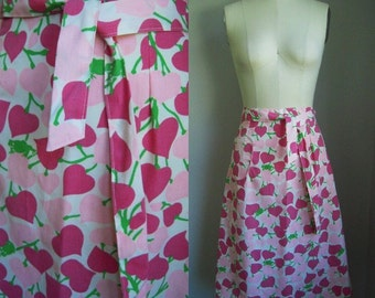Vintage 1970s Julia Montgomery Frog Tog Pink Hearts and Frogs Novelty Print Wraparound Wrap Skirt Size Small Medium