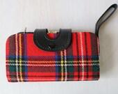 Wristlet Wallet Purse / Tartan Plaid / Multiple Compartments