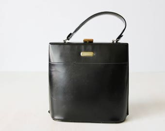 Vintage 1950s Black Vinyl Vegan Handbag Purse / Frame Handbag / Top Handle Purse